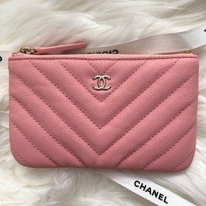 Chanel mini o case pouch caviar chevron pink 19s